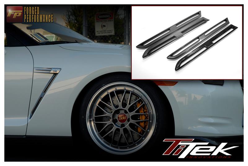 TiTek Carbon Fiber Fender Grille Inserts - Gloss - Nissan GT-R 2009-16